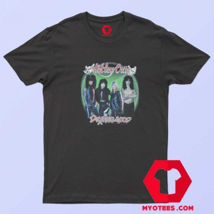 Vintage Motley Crue Green Circle Official T Shirt